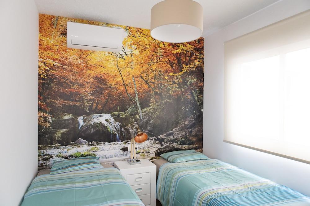 2 Bedrooms Guestroom