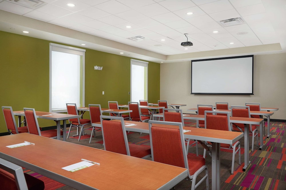 Meeting Facility, Home2 Suites By Hilton Youngstown