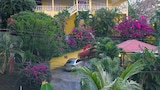 Hibiscus Heights - Black Rock Hotels
