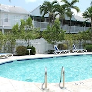 Bahamian Reed Townhouse