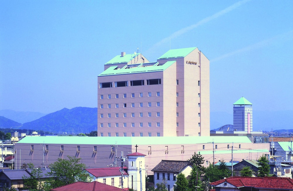Featured Image, Hotel New Omi
