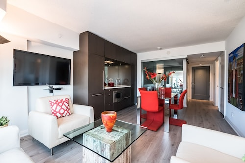 QuickStay - Luxury Executive in Yorkville (Yonge & Bloor)