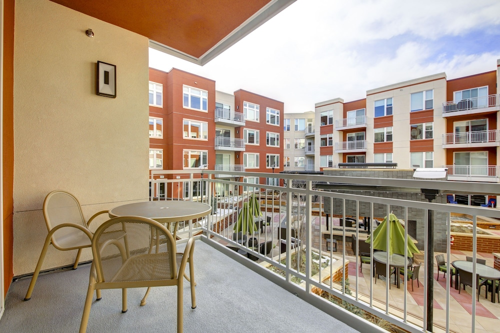 Hotel Rooms With Balconies In Denver Co