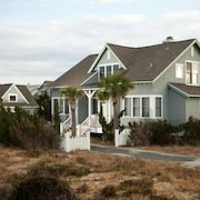 Aquarius 4 Bedroom Holiday Home By Bald Head Island