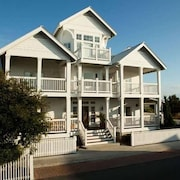 Beacons Watch 10 Bedroom Holiday Home By Bald Head Island