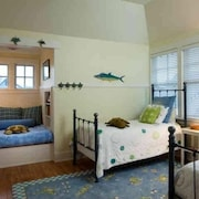 Cape Watch Cottage 4 Bedroom Holiday Home By Bald Head Island