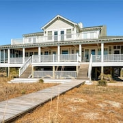Chirico House 6 Bedroom Holiday Home By Bald Head Island