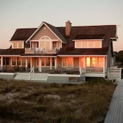 Coastal Beach House 5 Bedroom Holiday Home By Bald Head Island