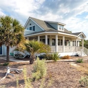 Island Retreat 4 Bedroom Holiday Home By Bald Head Island