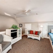 Jake s Watch 2 Bedroom Holiday Home By Bald Head Island