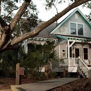 Kate s Choice 5 Bedroom Holiday Home By Bald Head Island