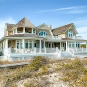 Loggerhead Lady 4 Bedroom Holiday Home By Bald Head Island