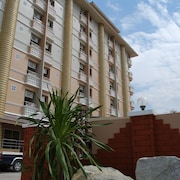 Preechana Golden Place Serviced Apartment