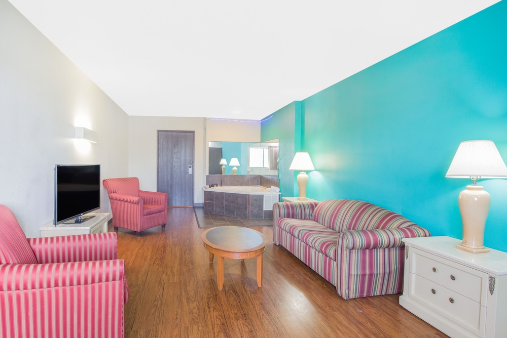 Aerial View Featured Image Guestroom