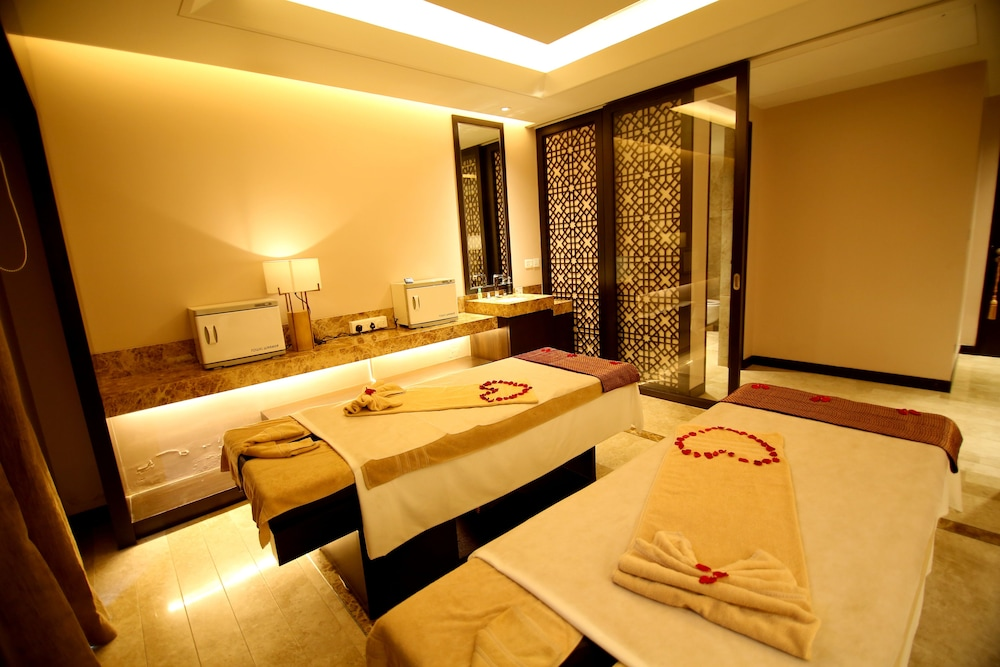 Treatment Room, Radisson Blu Coimbatore