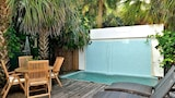 6 bdrm Duval Compound -Old Town Key West - Key West Hotels