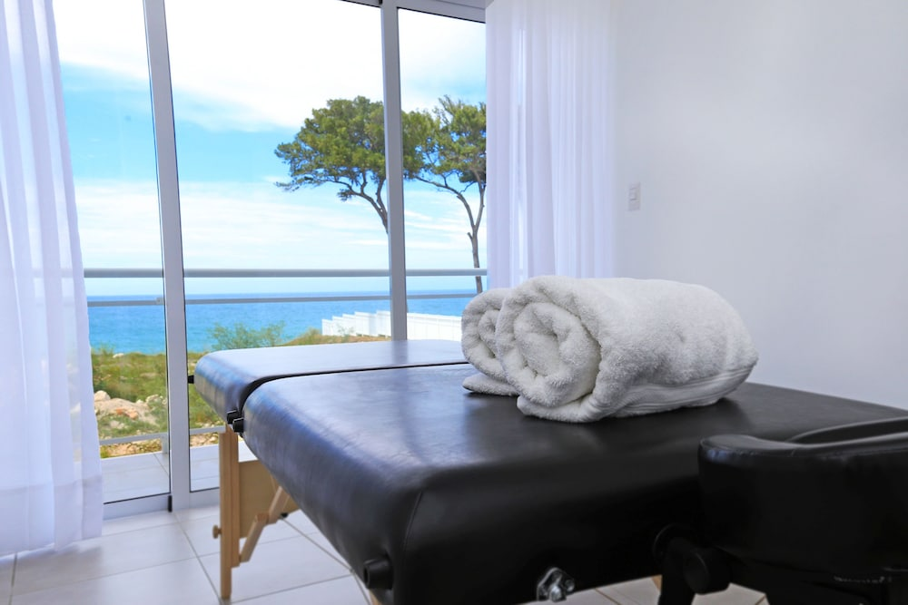 Massage, Ocean Village Deluxe