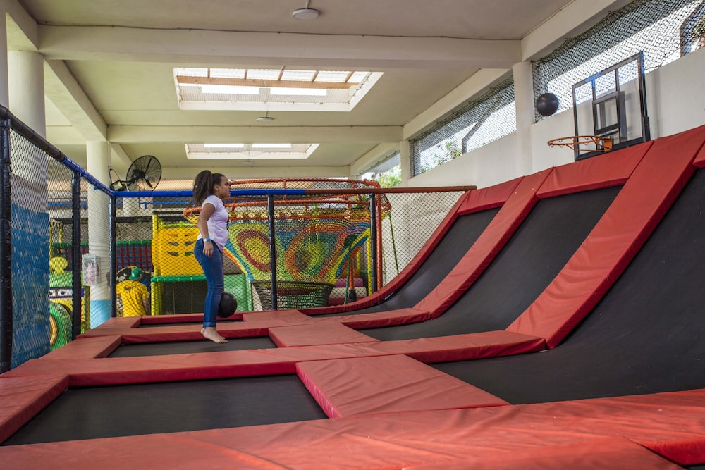 Children's Play Area - Indoor, Ocean Village Deluxe