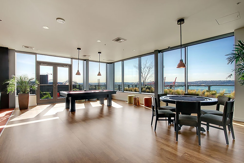 Game Room, Ferris Wheel Apartments by Barsala