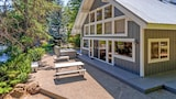 The River House and Guest Cottage - Cle Elum Hotels