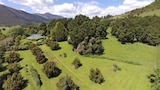 Golden Caves Bed and Breakfast - Takaka Hotels