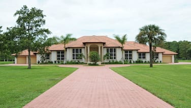 Coconut Palm Suite at the Knickerbocker Estate 1 Bedroom Holiday Home by Naples Florida