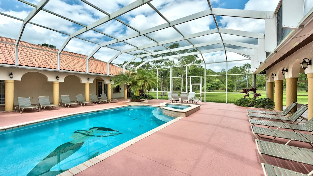 Knickerbocker Estate 8 Bedroom Holiday Home By Naples Florida Naples Usa Hotwire