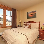 Zephyr Mountain Lodge 2211 2 Bedroom Holiday Home by Winter Park Lodging Company
