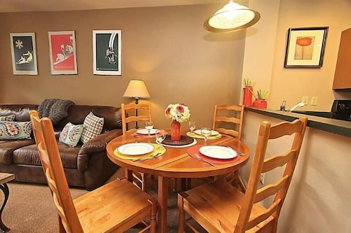 Zephyr Mountain Lodge 2305 1 Bedroom Holiday Home by Winter Park Lodging Company