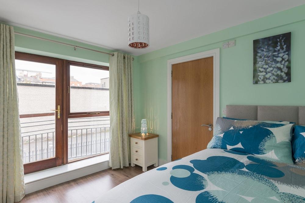 Apartment heart of dublin city deals reviews dublin for Appart hotel dublin