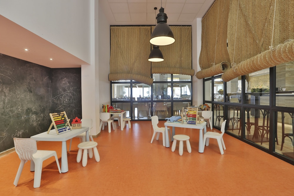 Children's Area, Hotel Boutique Balandret