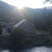 Leavenworth River Haus NW Comfy Cabins