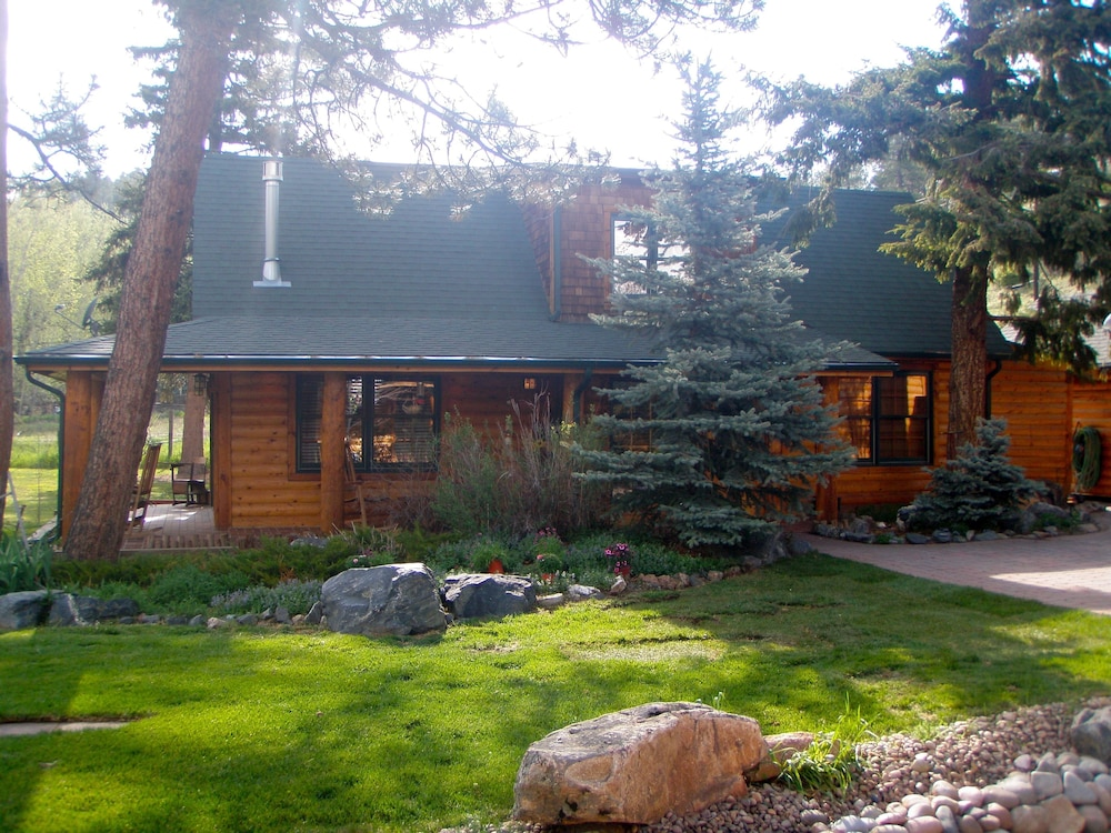 The Cabins At Country Road Reviews Photos Rates