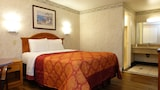 Tropic Lodge - Garden Grove Hotels