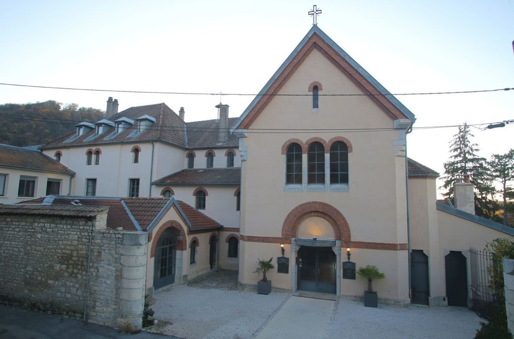 H tel le sauvage in doubs hotel rates reviews on orbitz - Hotel le sauvage besancon france ...