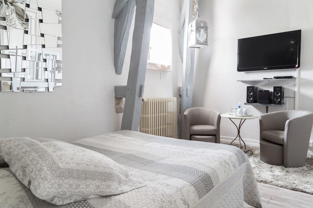 chambres d 39 h tes la villa de la paix troyes france expedia. Black Bedroom Furniture Sets. Home Design Ideas