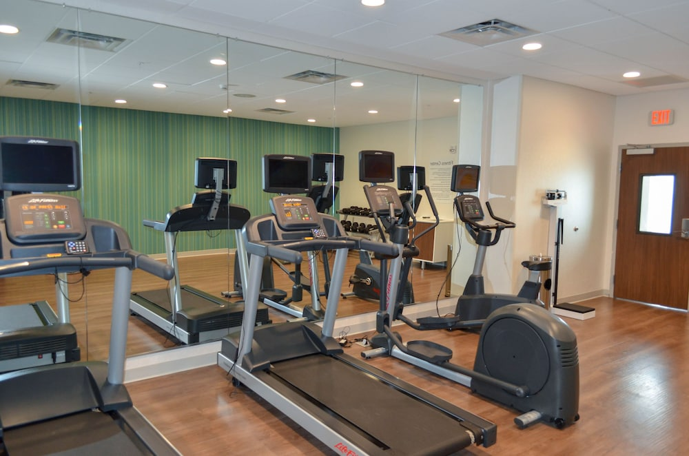 Fitness Facility, Holiday Inn Express & Suites Charlotte NE - University Area