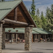 Bonners Ferry Log Inn