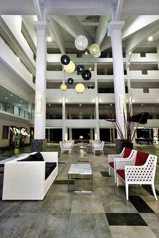 7c5f9c7c97094 Sand   Sandals Desaru Beach Resort   Spa 5.0 out of 5.0. Sundeck Featured  Image Lobby ...