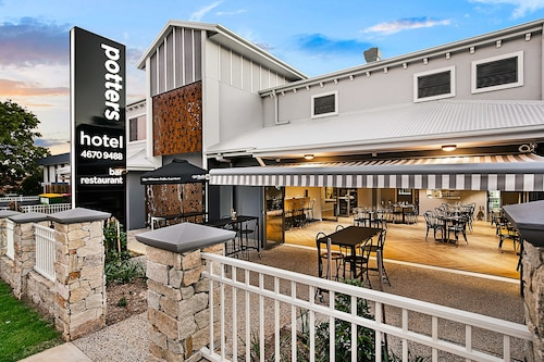 Potters Toowoomba Boutique Hotel