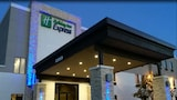 Holiday Inn Express & Suites Rantoul - Rantoul Hotels
