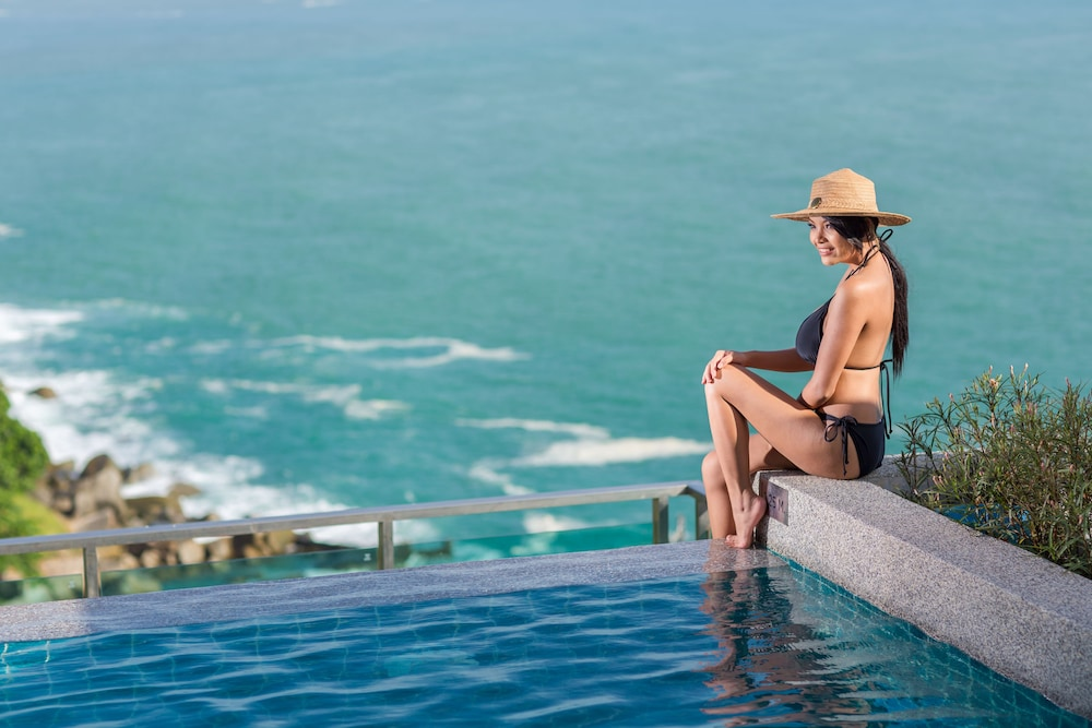 Infinity Pool, Wyndham Grand Phuket Kalim Bay