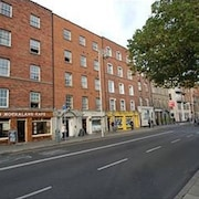 3 bed apartment near Temple Bar