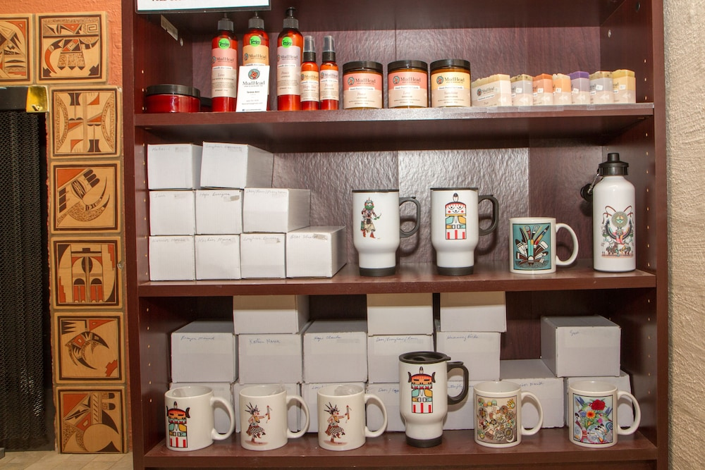 Gift Shop, Hopi Cultural Center