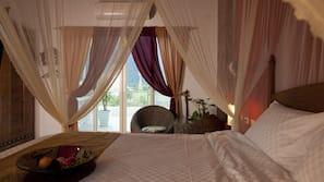 高級寢具、羽絨被、特厚豪華床墊、免費 Wi-Fi