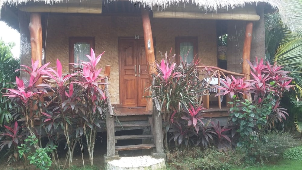 Fußboden Ohne Jalan ~ Merta sari balangan bungalows: 2019 room prices $31 deals & reviews