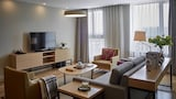 One Sunland Serviced Suites managed by Lanson Place - Shanghai Hotels