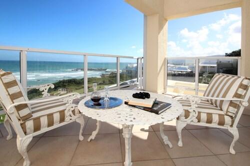 Hermanus Beachfront Lodge (ZAF 17091224 4.8) photo