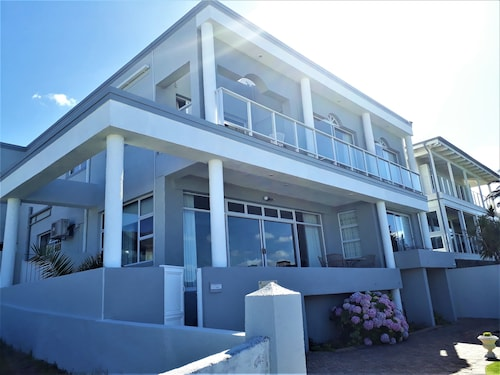 Hermanus Beachfront Lodge (ZAF 17091224 4.7) photo
