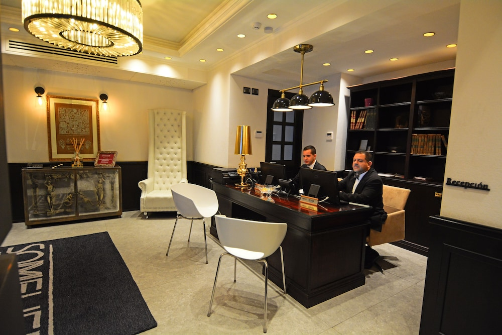 Reception, Hotel Sommelier Boutique